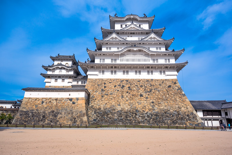 Himeji-Castle-5.jpg