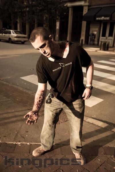 ZombieWalk2012131012163-2.jpg
