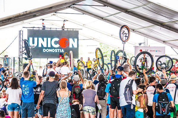 2016, Unicon 18, Parade and Village Activities