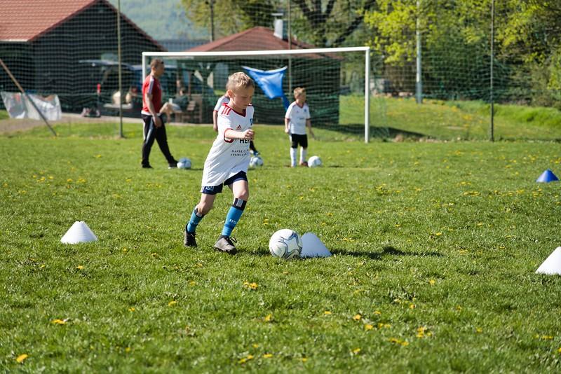 hsv-fussballschule---wochendendcamp-hannm-am-22-und-23042019-w-15_46814455315_o.jpg