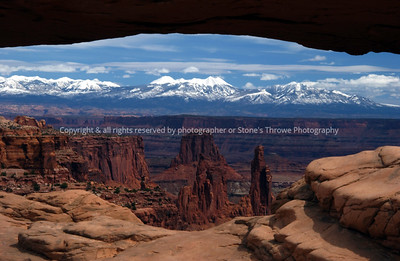 019-canyonland_arch-monument_valley-23mar05-0003