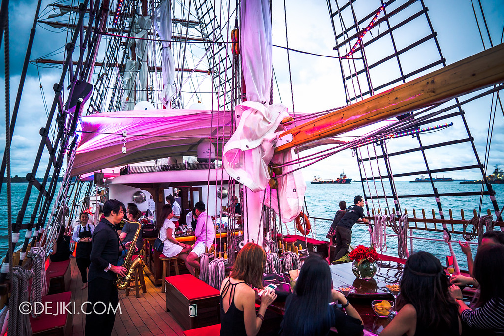 Royal Albatross Tall Ship Cruise - Sunset Sail - Outdoor Bar