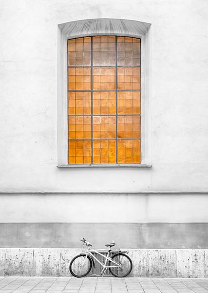 Window and the Bike