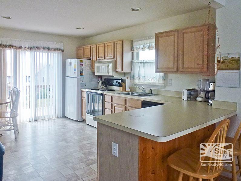 Kitchen Area with Breakfast Nook