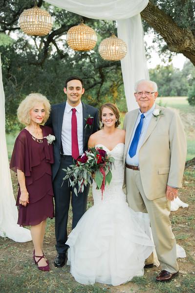 Alexa + Ro Family Portraits-9.jpg