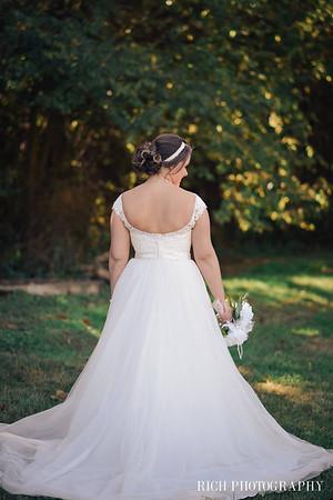bride stone path farm wedding.jpg