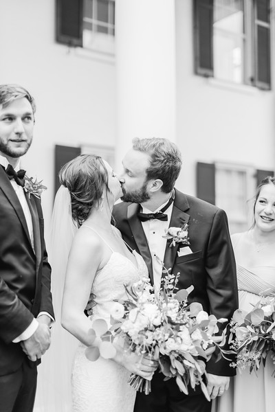 471_Ryan+Hannah_WeddingBW.jpg