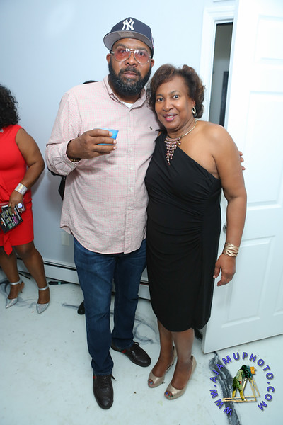 MAXINE GREAVES BIRTHDAY DINNER CELEBRATION 2020R-3166.jpg