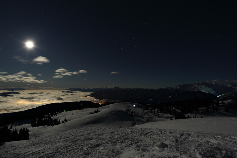 _Y4A0827Vollmond Dobratsch 02.01.2018Vollmond Dobratsch 02.01.2018.JPG