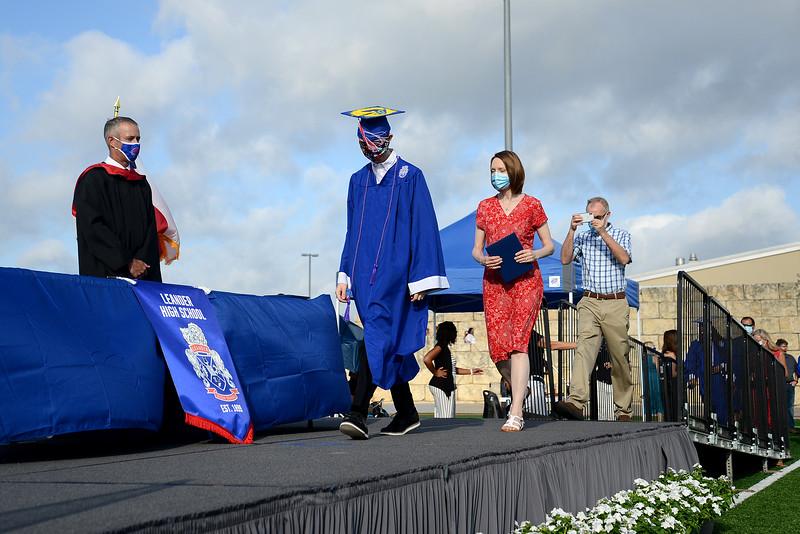 LHS-Graduation_019.jpg