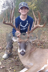 young-hunters-first-buck-as-good-as-it-gets