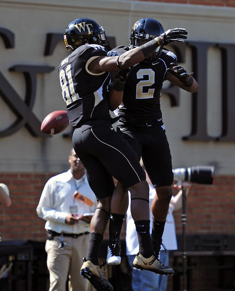 Terence Davis TD celebration with Chris Givens.jpg