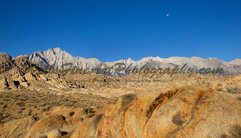 Alabama Hills, Sierras and moon
