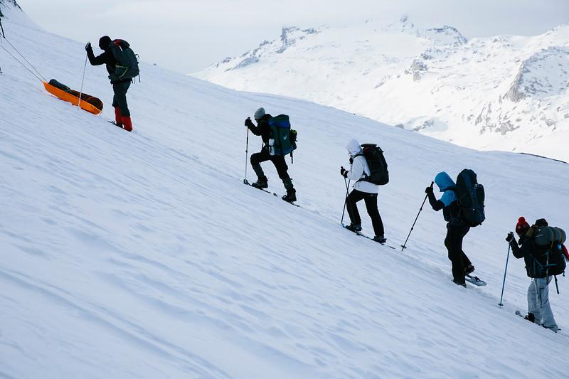 200124_Schneeschuhtour Engstligenalp_web-377.jpg
