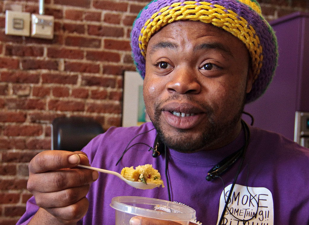 ". Fela ""Champ\"" Lewis, of Pensacola, Florida, samples some of the cannabis-infused quinoa that he and other participants cooked up during a cannabis cooking class in Denver on Thursday, April 18, 2013.  (Werner R. Slocum/MCT)"
