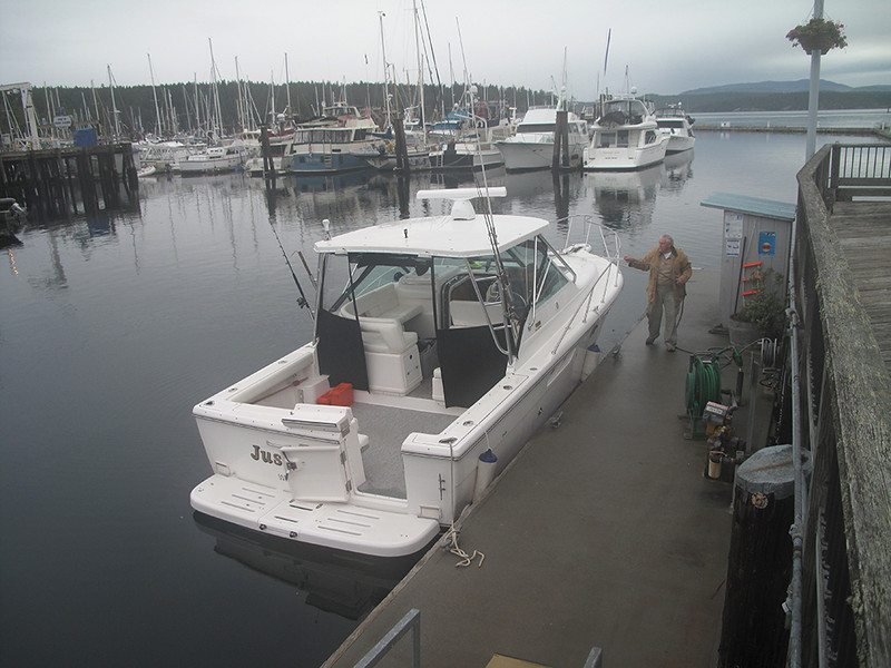 """Just for Fun"" fuel dock, Friday Harbor, San Juan Island. June 7, 2013"