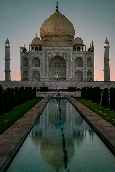Taj-Mahal-Moonlight-1323.jpg