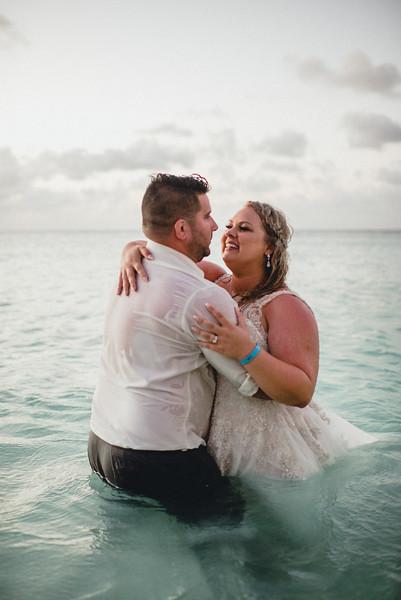 Requiem Images - Aruba Riu Palace Caribbean - Luxury Destination Wedding Photographer - Day after - Megan Aaron -116.jpg