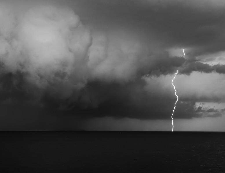 Sunsets and lightnig storms-22.jpg