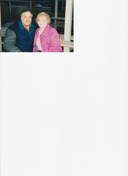 Mike & Bonnie, Dinosauer Park,  11-1994,  .jpg