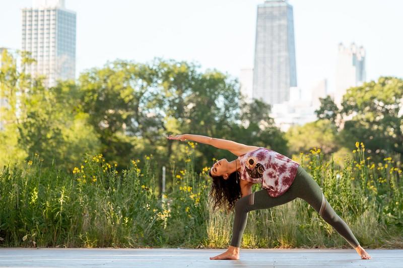 Online Yoga - Lincoln Park Shoot-1003.JPG
