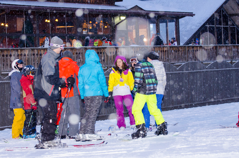 Opening-Day-Slopes-2014_Snow-Trails-71164.jpg