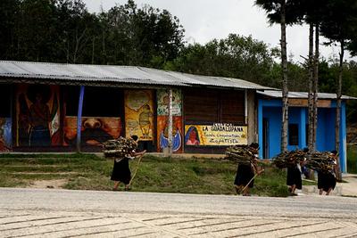 femmes zapatistes / mujeres zapatistas / Zapatist women / Zapatistenfrauen