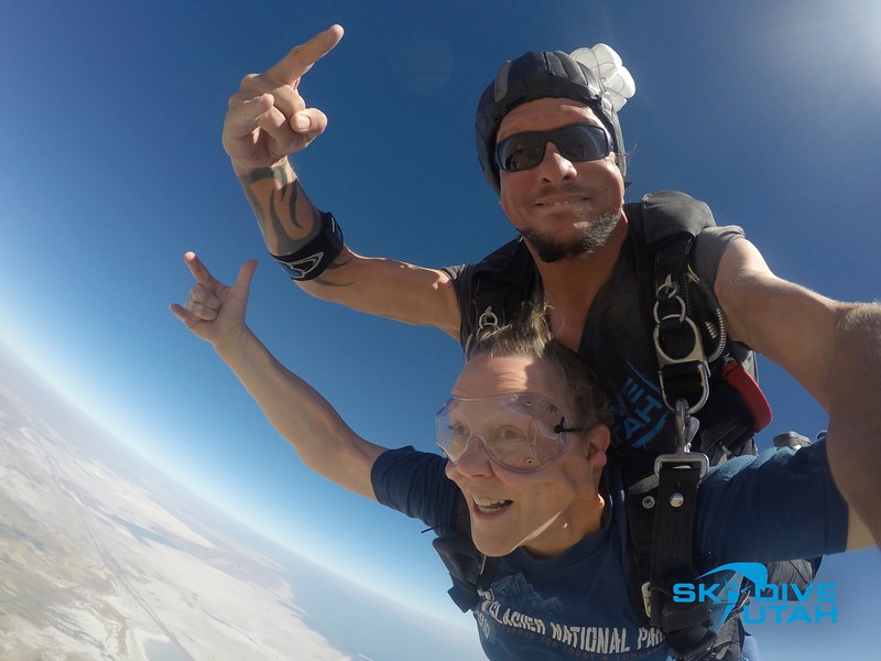 Lisa Ferguson at Skydive Utah - 37.jpg
