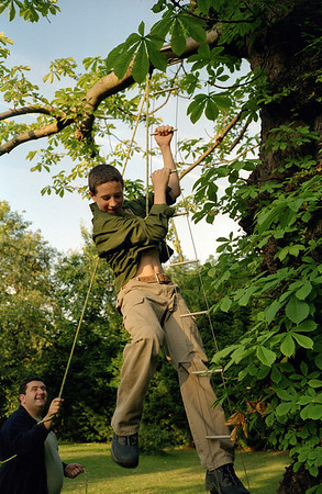 Scout Rope Ladders 2002