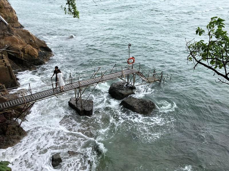 Sai Wan Swimming Shed 西環鐘聲泳棚