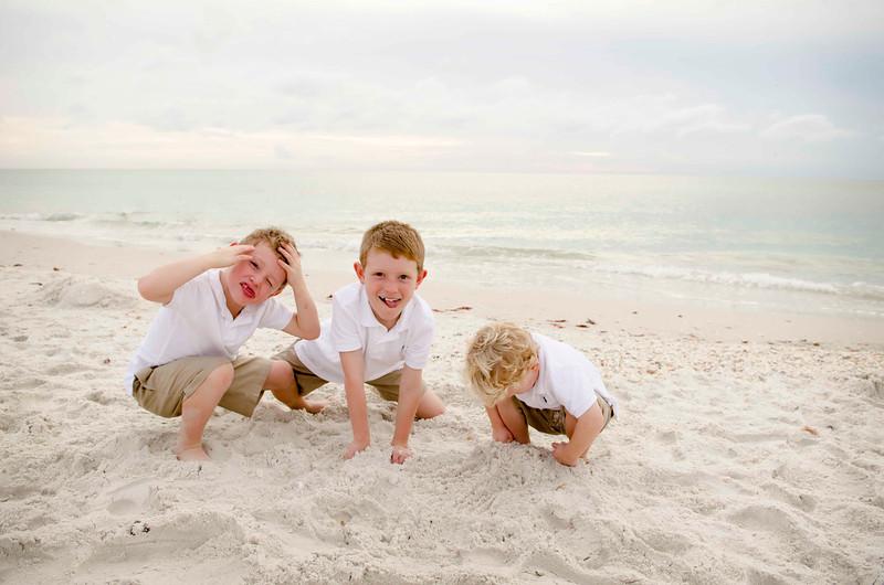 Mary Jo's Family Photos - Barefoot Beach, Fl 268.jpg