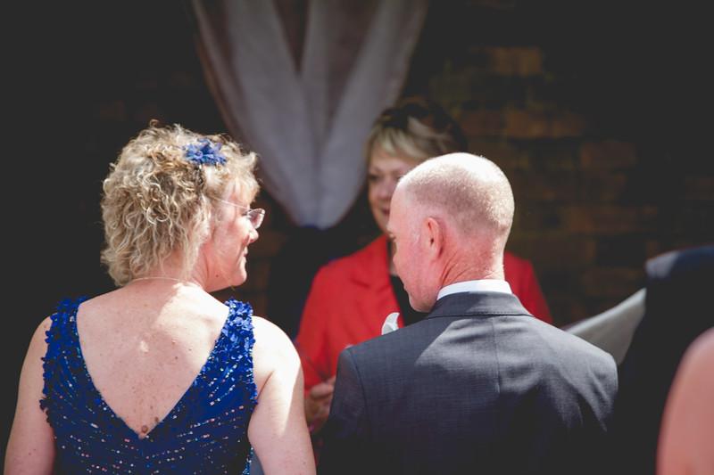 Mr and Mrs -19.jpg