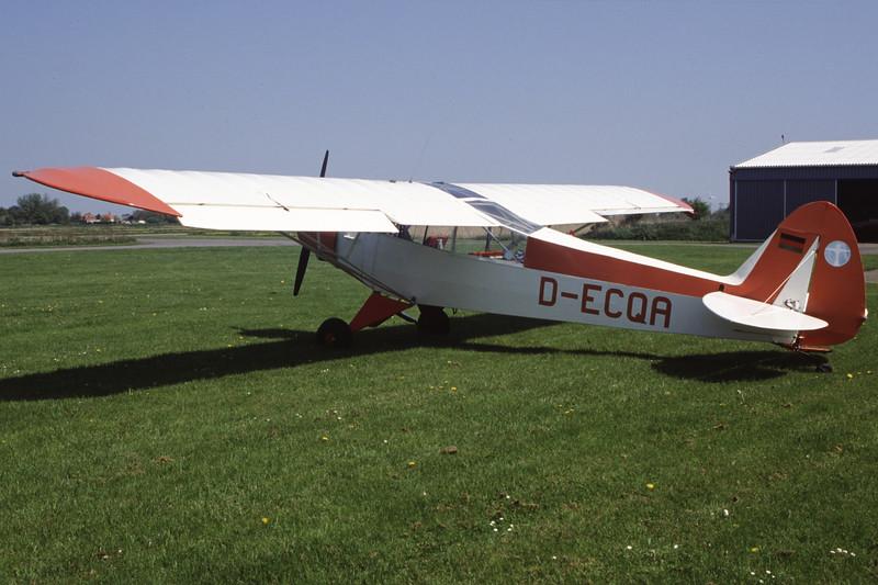 D-ECQA-PiperPA-18-95SuperCub-Private-EDXB-2000-05-07-HF-19-KBVPCollection.jpg