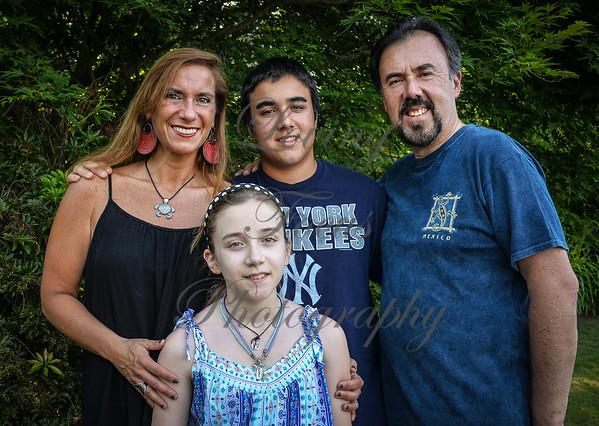 PradoFiol Family