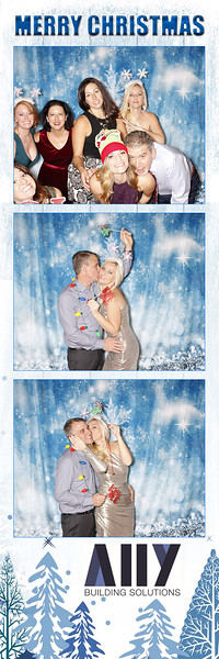 2018 ALLY CHRISTMAS PARTY BOOTH STRIPS_72.jpg