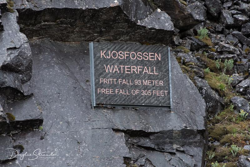 Kjosfossen Waterfall, 305 Ft