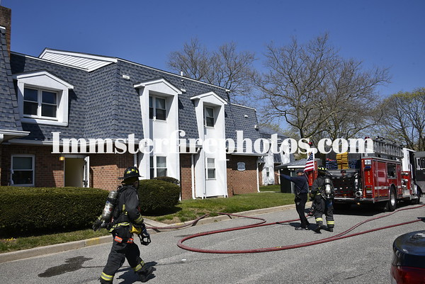 HICKSVILLE FD APARTMENT FIRE NEWBRIDGE RD 4-19-2020