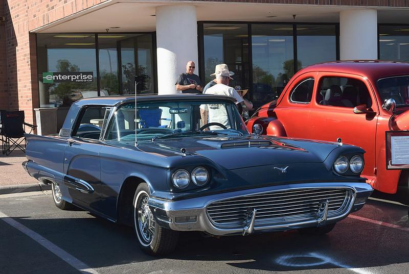 Ford 1959 Thunderbird ft rt.JPG
