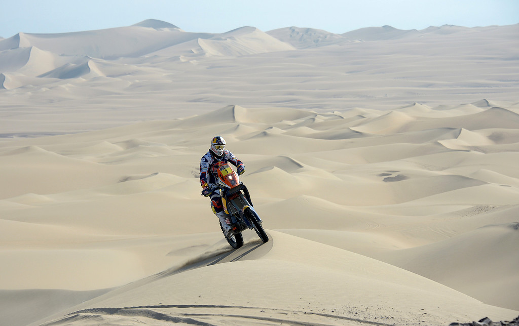 . KTM\'s rider Cyril Despres of France competes during Stage 3 of the Dakar Rally 2013 between Pisco and Nazca, Peru, on January 7, 2013. The rally will take place in Peru, Argentina and Chile from January 5-20.  FRANCK FIFE/AFP/Getty Images