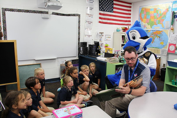 Dunedin Blue Jays read with 2nd and 3rd Grade
