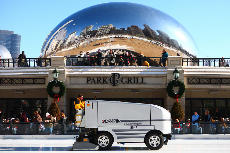 Zamboni and The Bean_0710.JPG