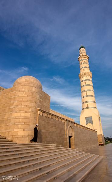 Sultan Qaboos mosque -- Sohar (19).jpg