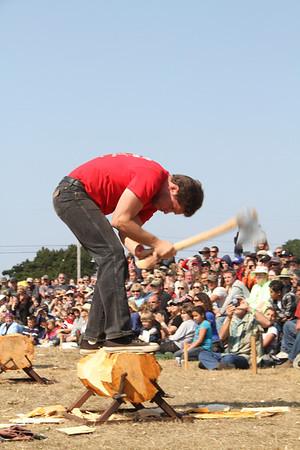 Logging Show Hand Chopping