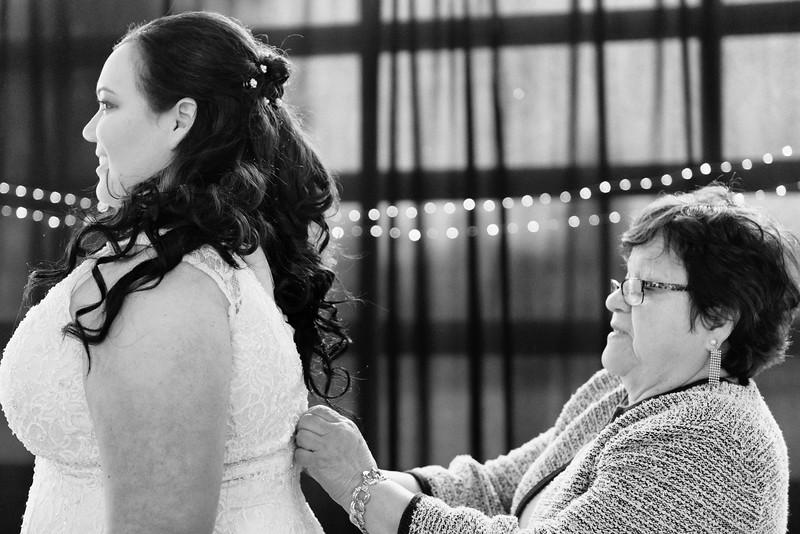 Bride&Bridesmaids_38.jpg