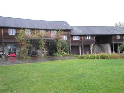 Pine Island Country Manor