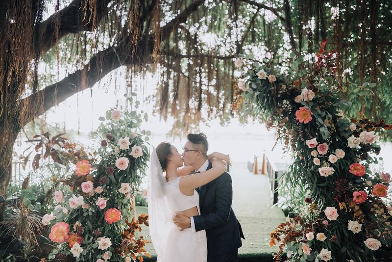 Thao Dien Village intimate wedding.ThaoQuan. Vietnam Wedding Photography_7R36542andrewnguyenwedding.jpg