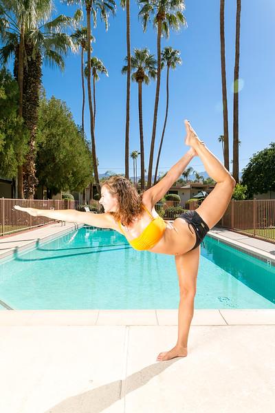 Tom_Dean_POOL_Yoga_035.jpg