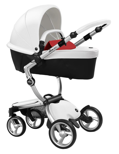 Mima_Xari_Product_Shot_Snow_White_Aluminium_Chassis_Ruby_Red_Carrycot.jpg