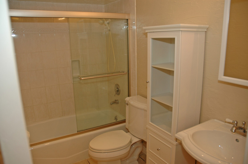 Updated bathroom...newer fixtures,,,