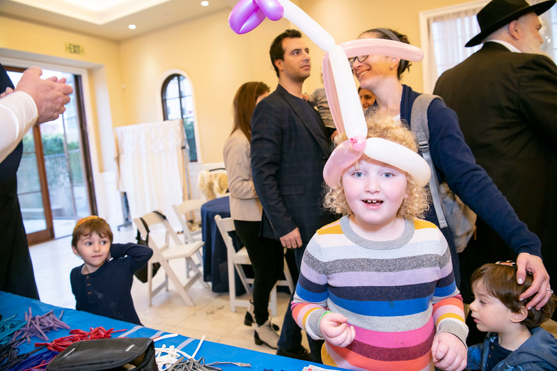 Brentwood Chabad -Chanukah130.jpg